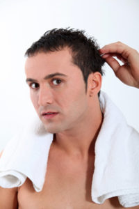 Профилактика выпадения волос у молодых мужчин