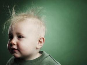 Каковы причины выпадения волос у детей